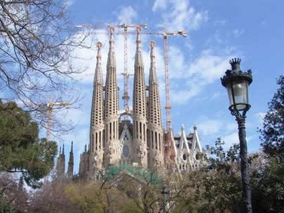 Crucero Gay Barcelona Sagrada Familia Holigay